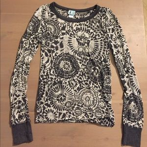 Urban Outfitters Damsel Graphic Long Sleeve Tee