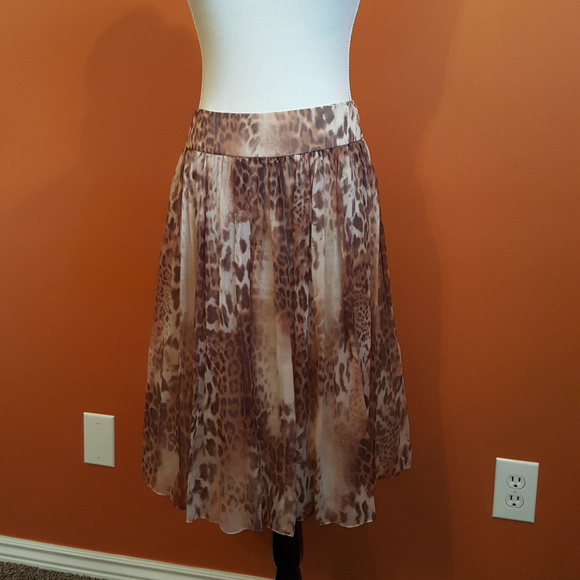 Rickie Freeman for Teri Jon Dresses & Skirts - Silk Teri Jon leopard skirt