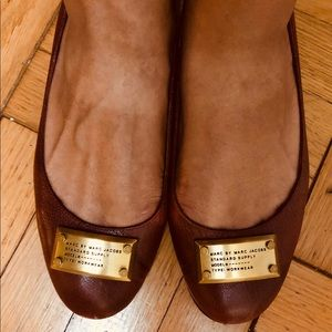 Marc by Marc Jacobs maroon flats