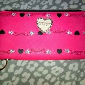 Like New double zipper Betsey Johnson wallet