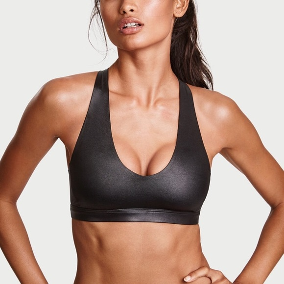 f0892084f1e5a Victoria s Secret Victoria Shine Scoop Sports Bra
