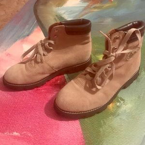 NWOB ESPRIT Lodge Stone Ankle Boots 7.5