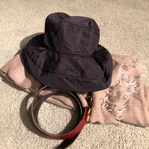 PRADA black bucket hat s.M