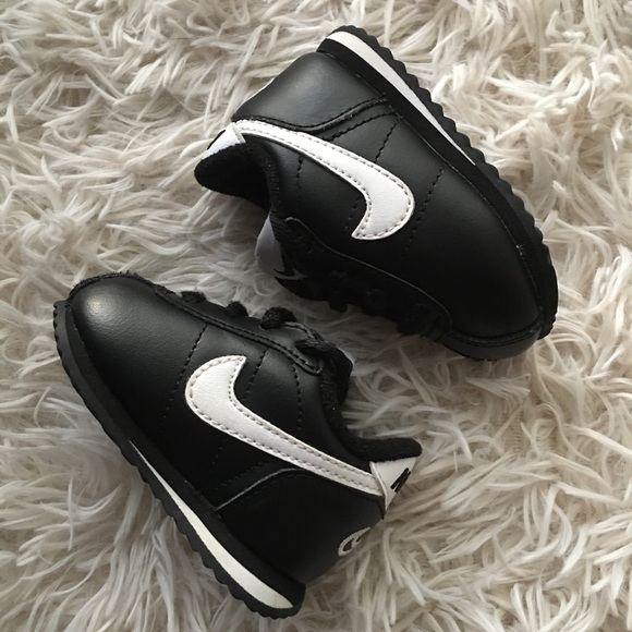best website f46dd b1c8f Baby Leather Nike Cortez Shoes, sz 2C