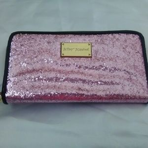 Like new Betsey Johnson pink sparkly wallet