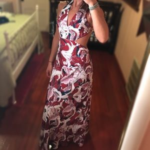 FAME & PARTNERS RED FLORAL MAXI DRESS
