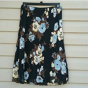 Karen Kane size L knee length floral skirt