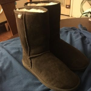 Brand New Size 10 Emu Gray Boot's!!