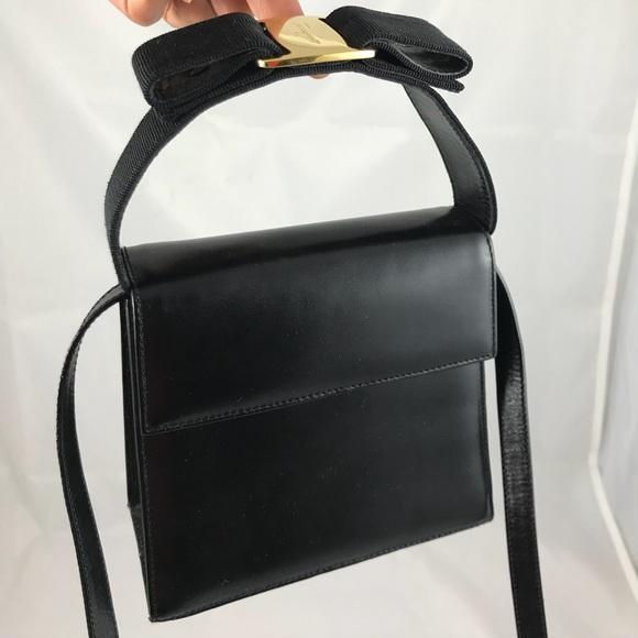 Salvatore Ferragamo Vera top handle bag. M 59e2febb78b31cd8ec057391 169bb7008e