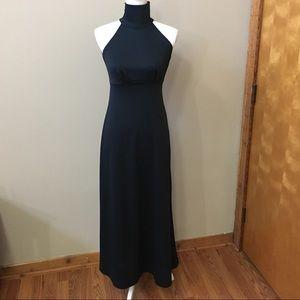 Amazing Flattering Vintage Black Dress