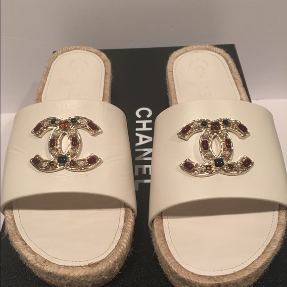 Chanel White Cc Logo Espadrilles Slide