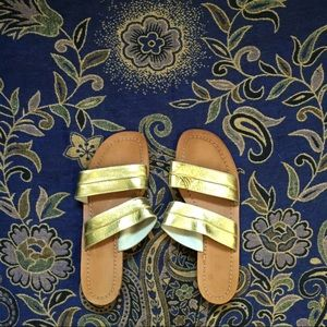Shoes - Gold Leather & Wooden Italian Sandal