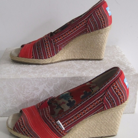 Toms Espadrille Wedge Heels Red Stripe Open Toe 95ff6e065