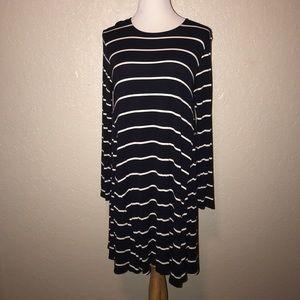 NWOT long sleeve, Navy/white  T-shirt dress