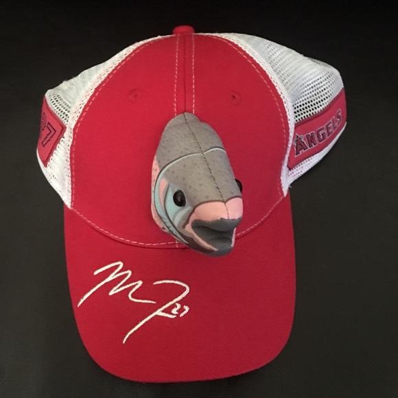 Angels Mike Trout Fishhead Snapback Baseball Hat. M 59e353e7981829f10b05d85c 9d85a504042