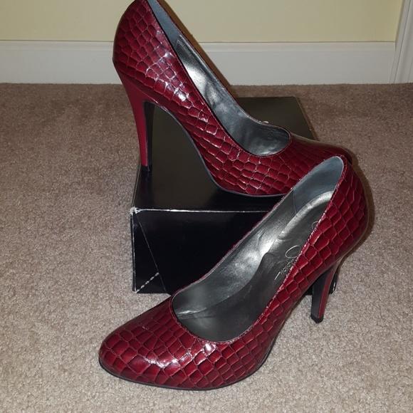 e76b26c197fe Jessica Simpson Shoes - Jessica Simpson Red Croc Embossed Pumps 8M