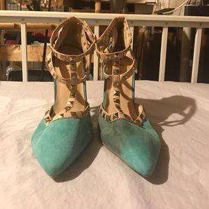 Turquoise studded rue 21 heels