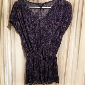 Daisy Fuentes purple printed blouse size small