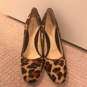 "Vintage Kenneth Cole cheetah ""hair"" pumps size 9"