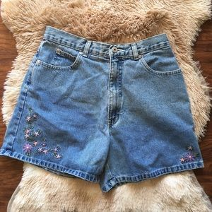 Vintage High Waisted Floral Embroidered Mom Shorts