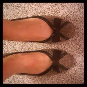 Brown & Tan Small Heel Flats