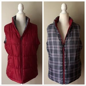 Jackets & Blazers - Reversible red plaid puffer quilted vest