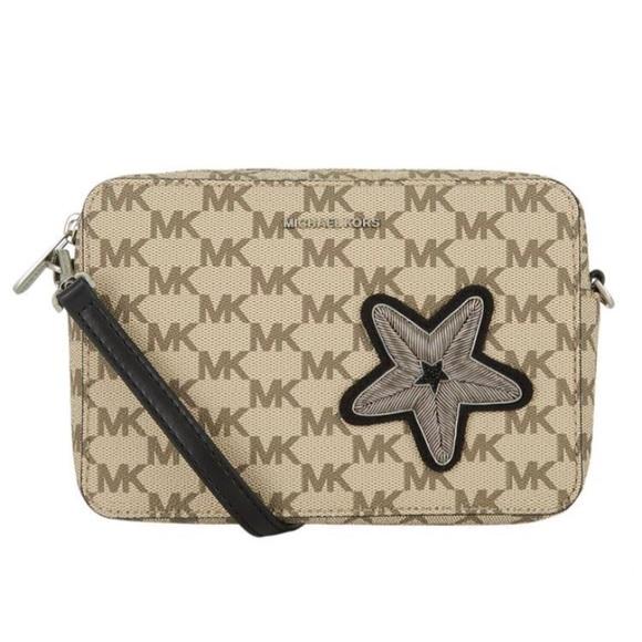 f0ec4f0f581c MICHAEL Michael Kors Bags | Nwt Michael Kors Star Patch Logo ...