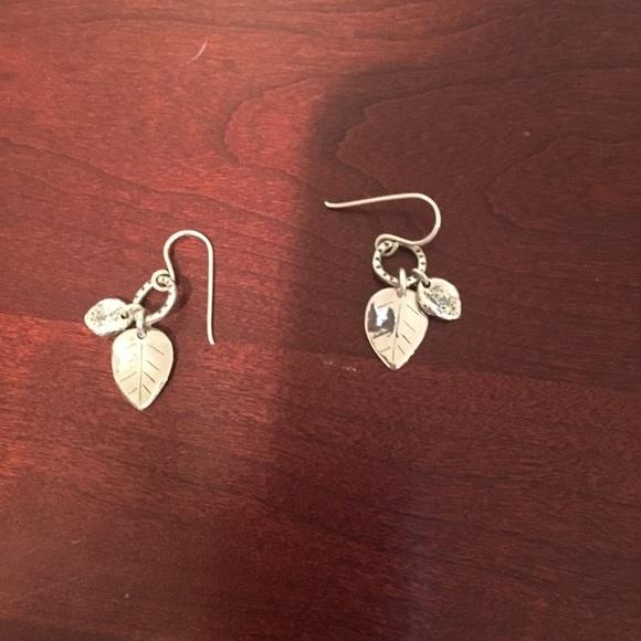 7e01fc249 Silpada Sterling silver leaf earrings. M_59e376bf4e95a3837d066563