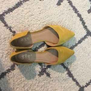 Banana Republic size 8 flats