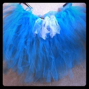 Dresses & Skirts - Blue and white tutu