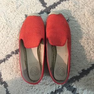 Red leather Vince Camuto loafers size 8
