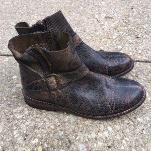Becca Bed Stu boots