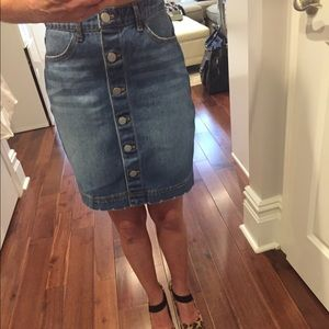 NWT denim pencil skirt with silver buttons.  Xs