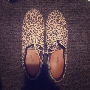 Lucky brand Cheetah print shoes!