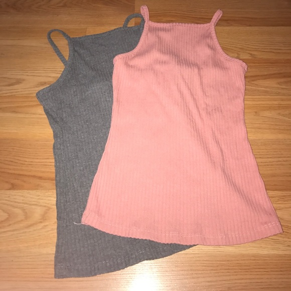 8b7d5eb400d 2 Rue 21 Ribbed High Neck Tank Top. M 59e3818f56b2d61c0f06832b