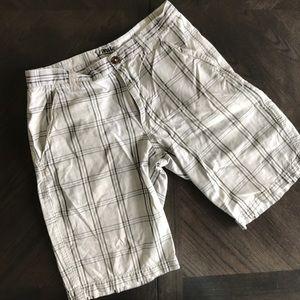 Pants - NWOT Plaid Cargo Shorts