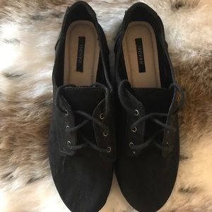 *Never worn* cute black Oxford flats