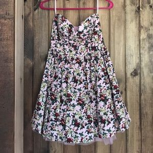 Floral strapless dress with tule underskirt