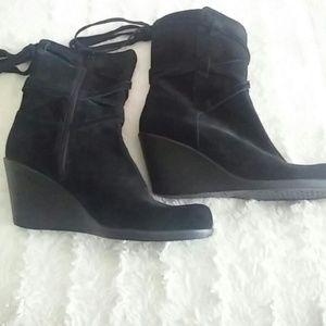 AEROSOLES suede midshaft boots