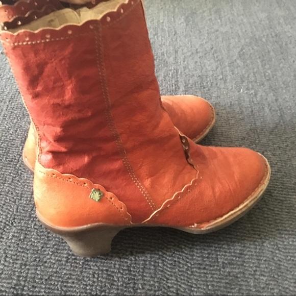 el naturalista vegan boots
