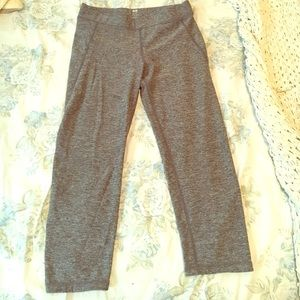 H&M gray capri leggings