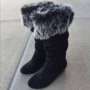 Report Brand Faux Fur Winter Boots Size 7