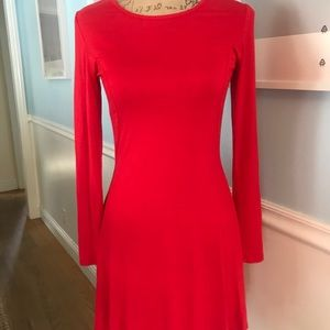 This is such a vibrant, flattering dress Medium