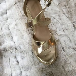 Banana Republic gold wedge Sandals.