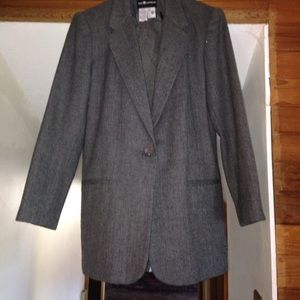 Sag Harbor vintage grey wool blazer and pants.
