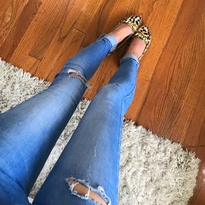 Zara ripped jeans/ Size 00/ makes butt look great!