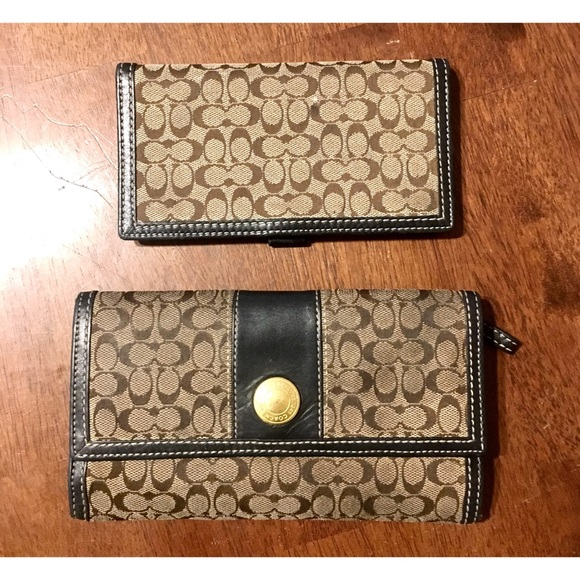 a380205bb2d9 ... glovetanned leather 8aa4c de160  wholesale coach 1941 trifold wallet  c5748 db7bf