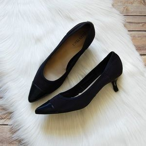 ELLEN TRACY 'Peggy' Pumps