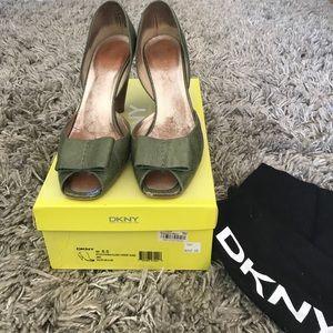 DKNY peep toe, size 8.5