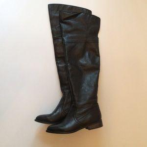 Black ShoeMint boots